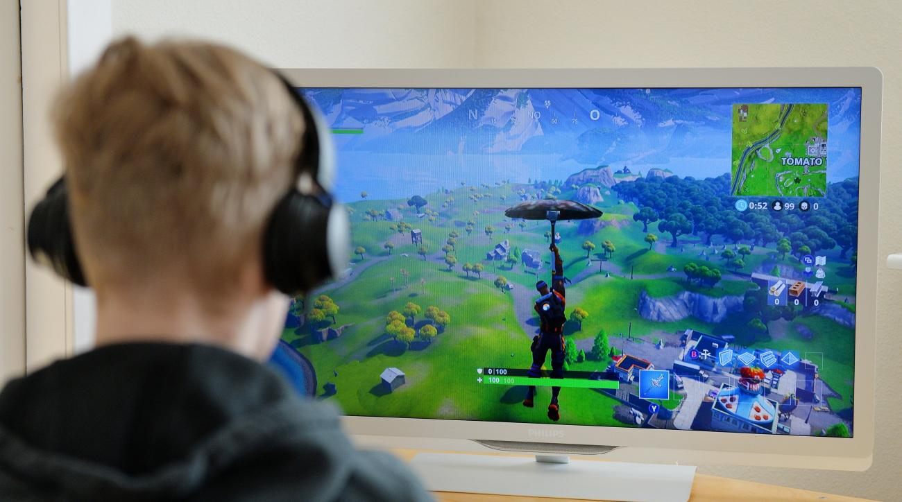 Professional Esports Team Signs 13-Year-Old Fortnite Player
