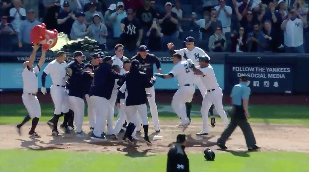 gary sanchez walk off home run yankees twins