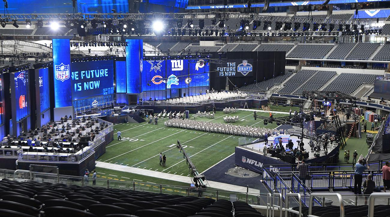 NFL draft rumors  Draft day news cf1eec11153