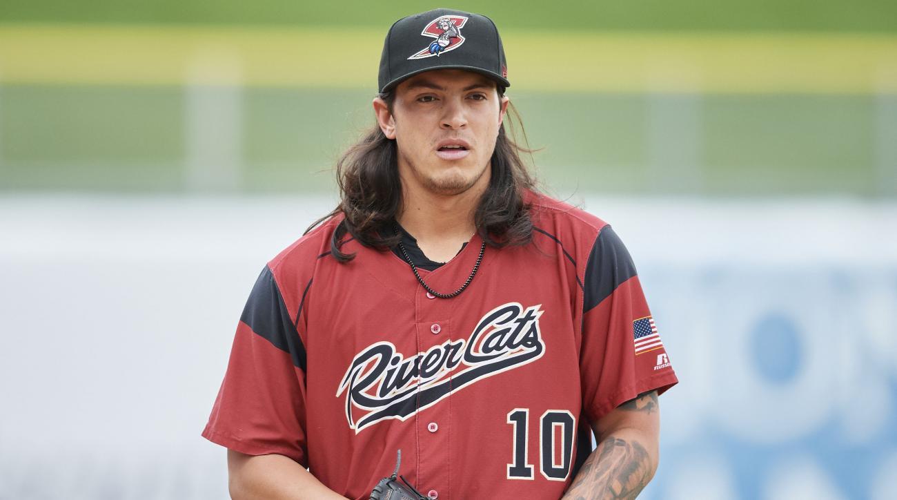 Dereck Rodriguez: Giants prospect, Ivan's son gets MLB call