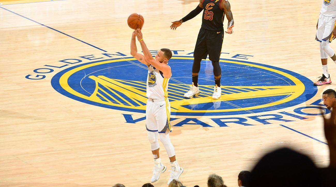 57a0b4e98 Warriors vs Cavs Game 1 highlights  2018 NBA Finals score
