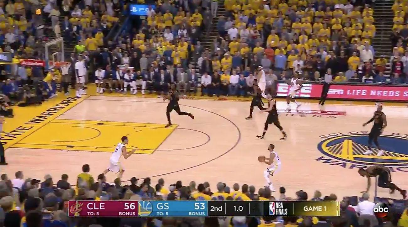 513d0f9c06b Steph Curry buzzer beater video: Ties Game 1 at halftime | SI.com
