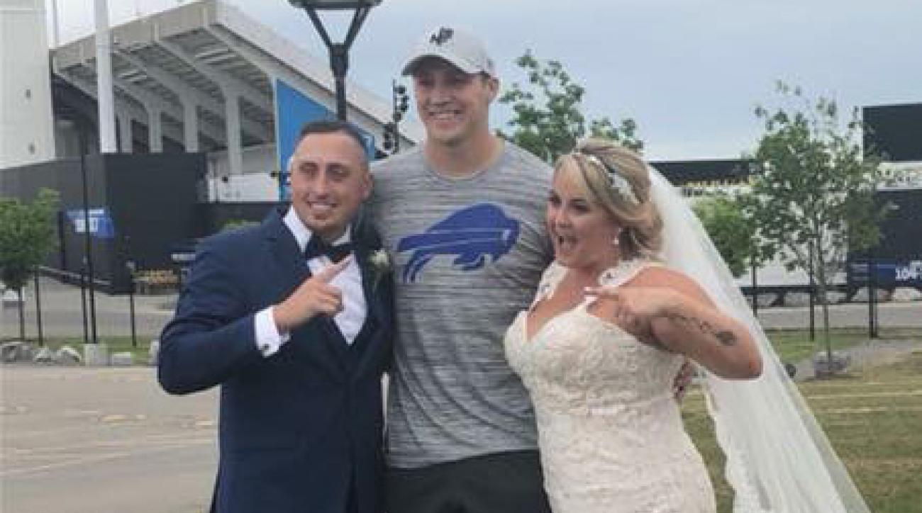 Josh Allen: Bills rookie crashes fan's wedding photos