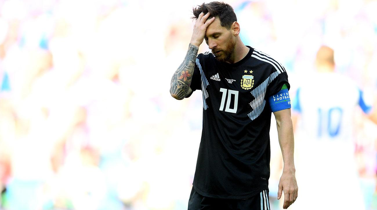 Lionel Messi has a penalty kick saved for Argentina vs. Iceland