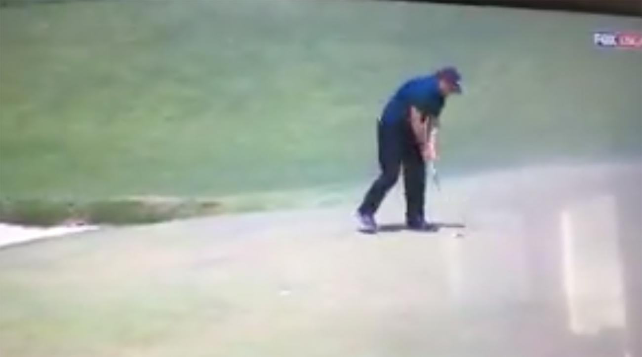 Phil Mickelson hits moving ball us open shinnecock