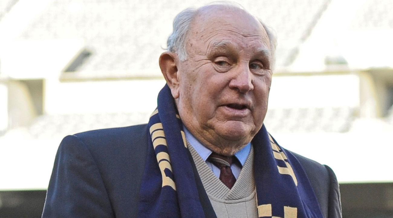 U.S. Soccer legend Walter Bahr has passed away