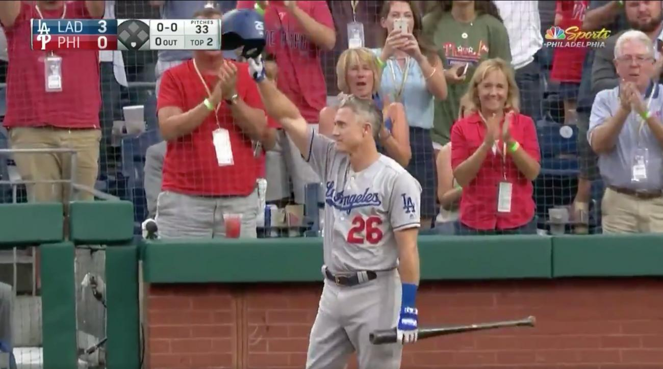 Chase Utley standing ovation
