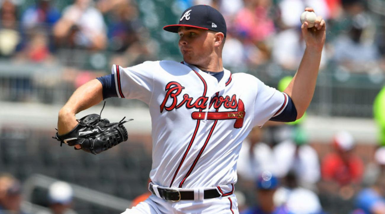 Braves pitcher Newcomb apologizes for offensive tweets