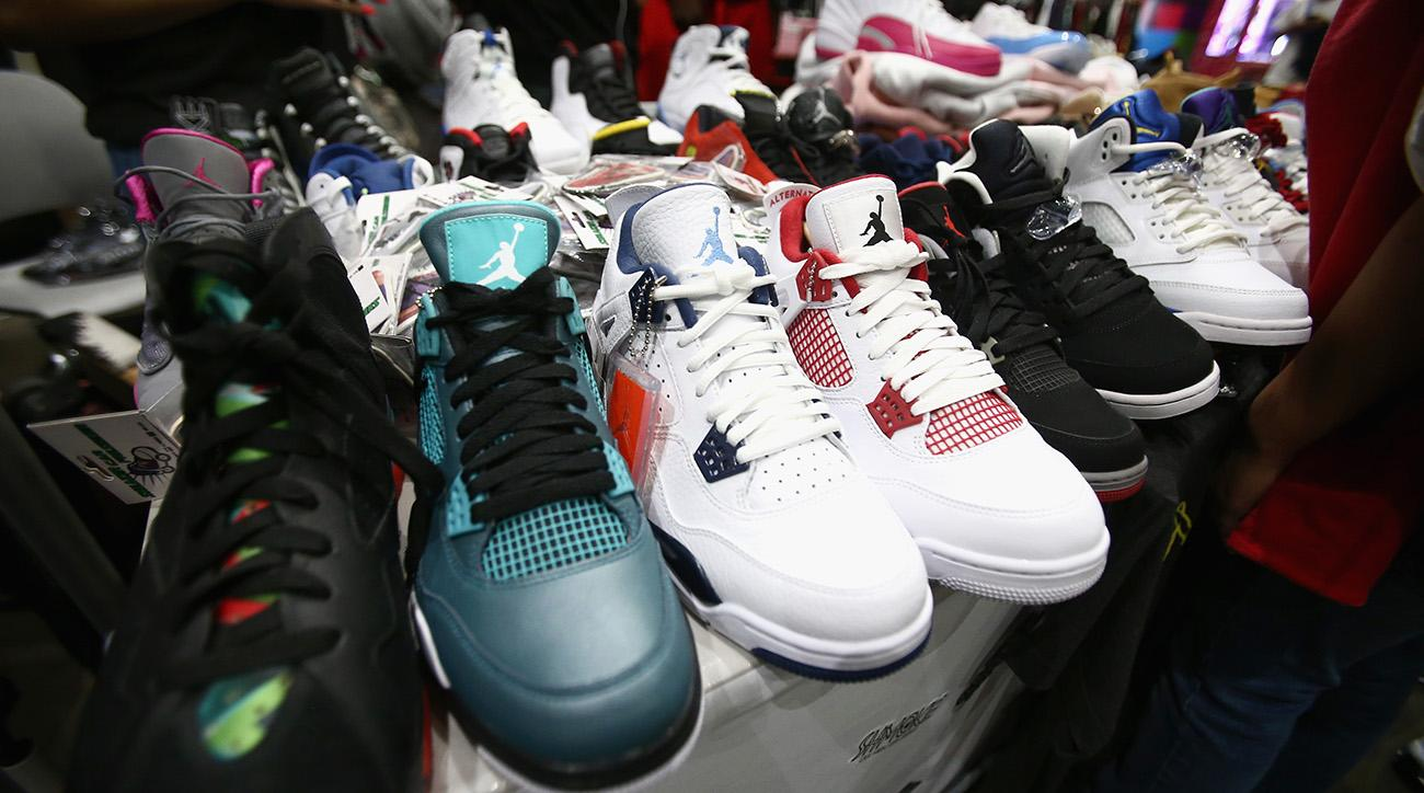 nike, air jordan, counterfeit Nike Air Jordan sneaker ring, china