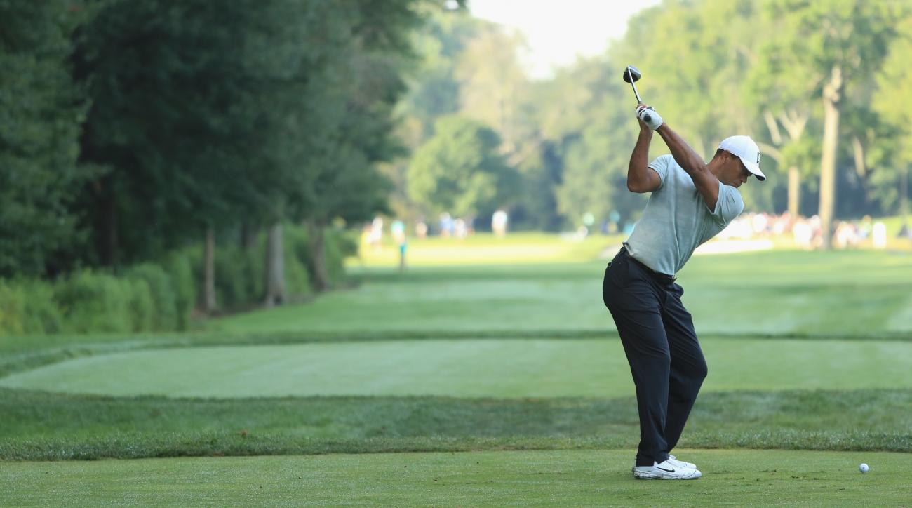 dc860eec Tiger Woods shoots bogey-free 68 on Saturday at Northern Trust   SI.com