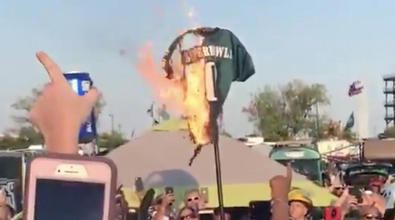 zero-super-bowls-jersey-burns