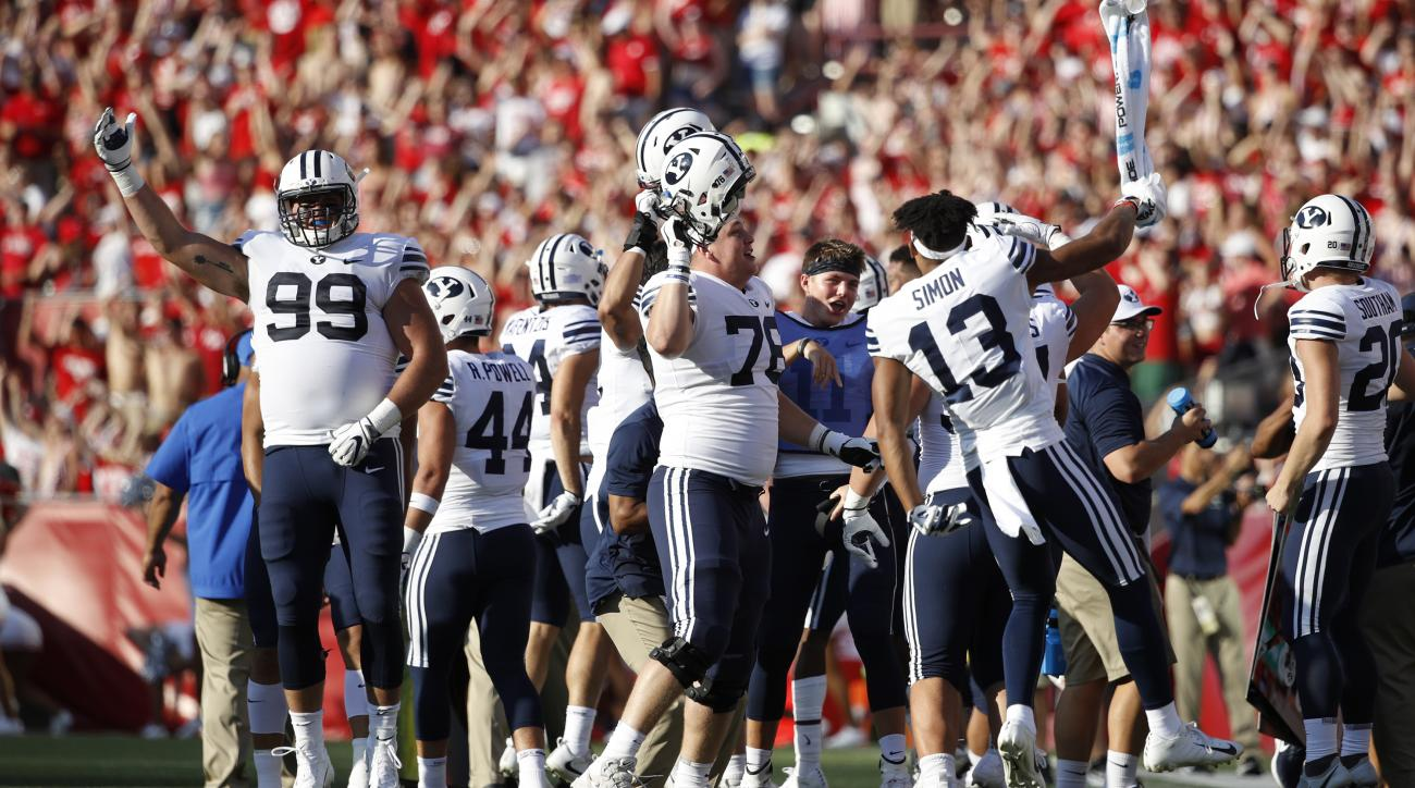 byu-celebrates-jump-around