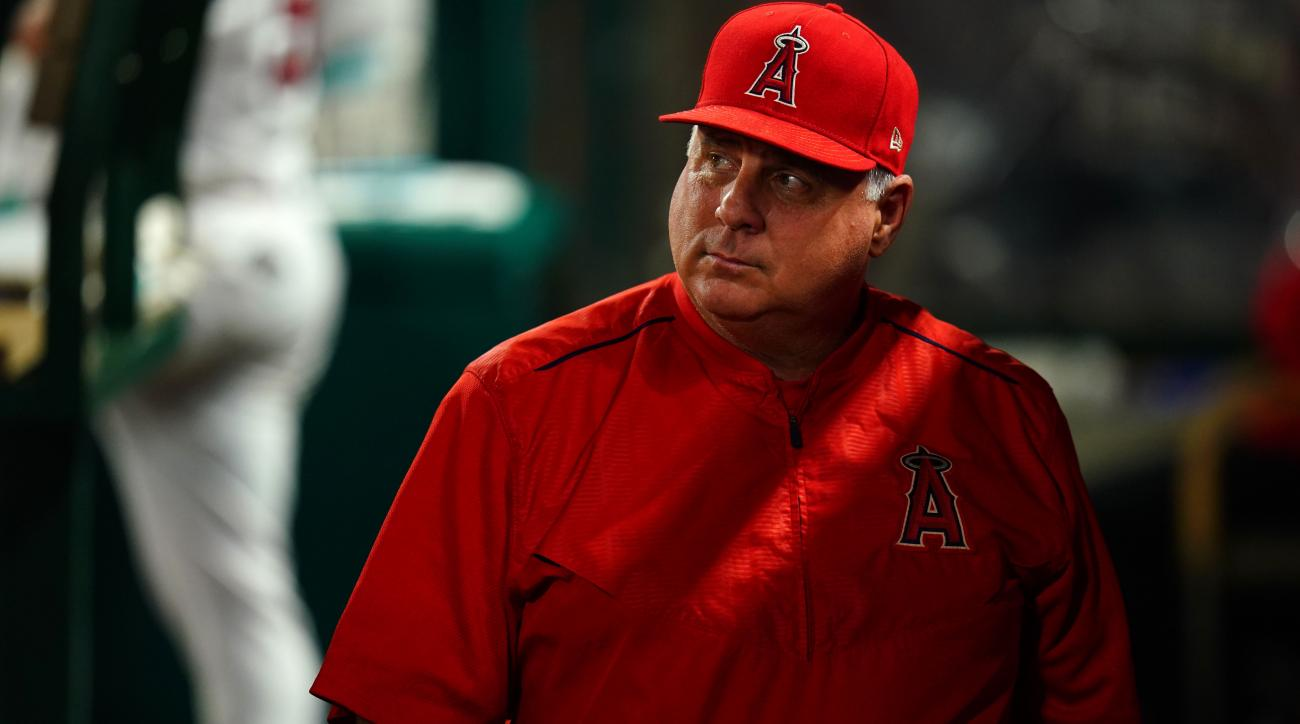 Mike Scioscia leaving Angels