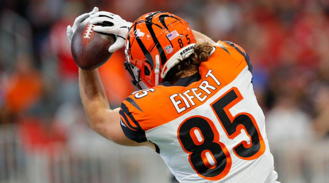 bengals tyler eifert out for season after breaking ankle si com
