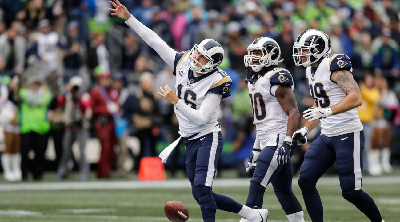 Rams fourth down call vs. Seahawks
