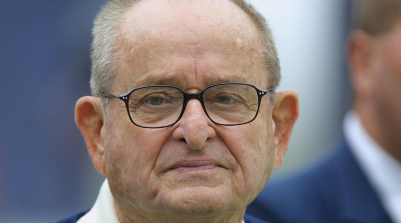 Chargers owner Alex Spanos dies