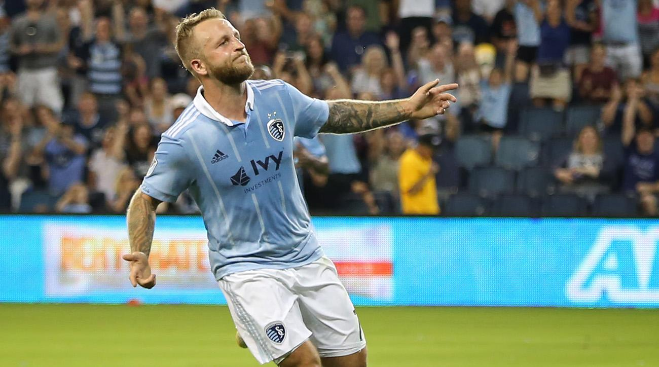 198eec72acf Sporting KC Moves Atop the Western Conference, LAFC Sets New Record in Wild  MLS Sunday