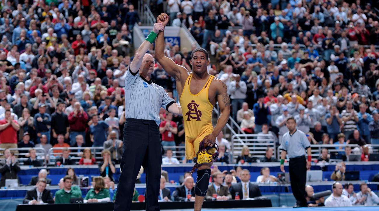 Anthony Robles: One-Legged Wrestler Aiming for Pull-Up World