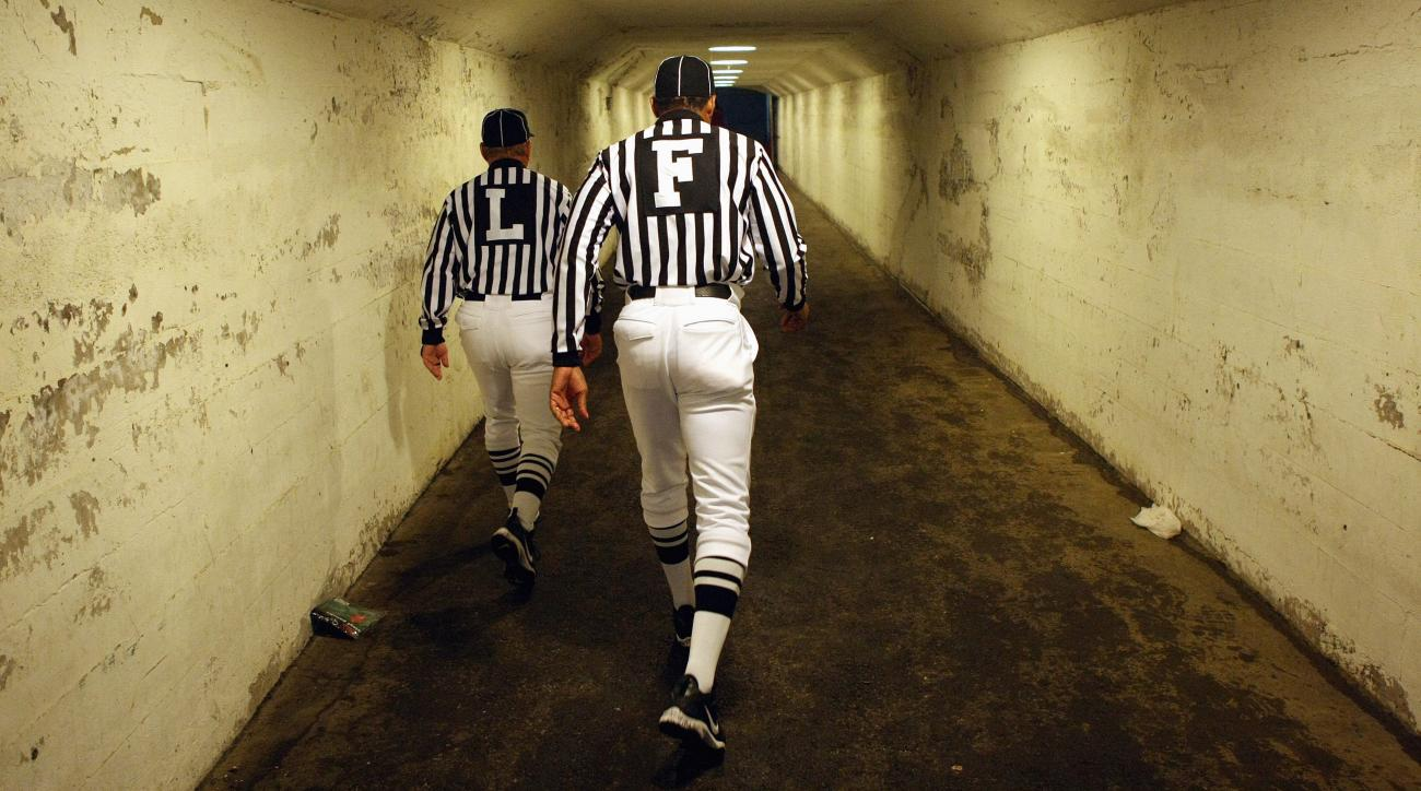 Chicago high school football dad dressed as referee to sway game