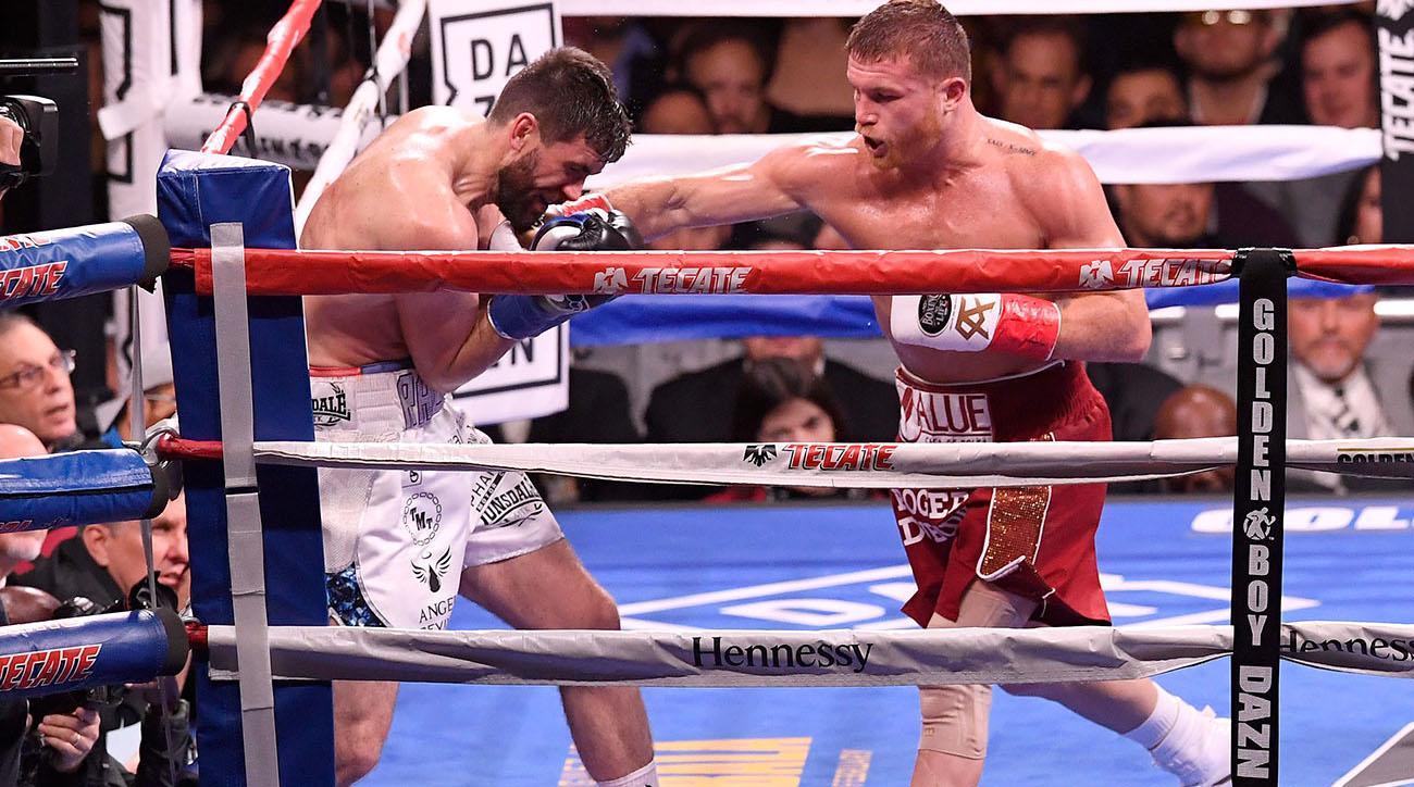 Canelo Alvarez gets TKO over Rocky Fielding