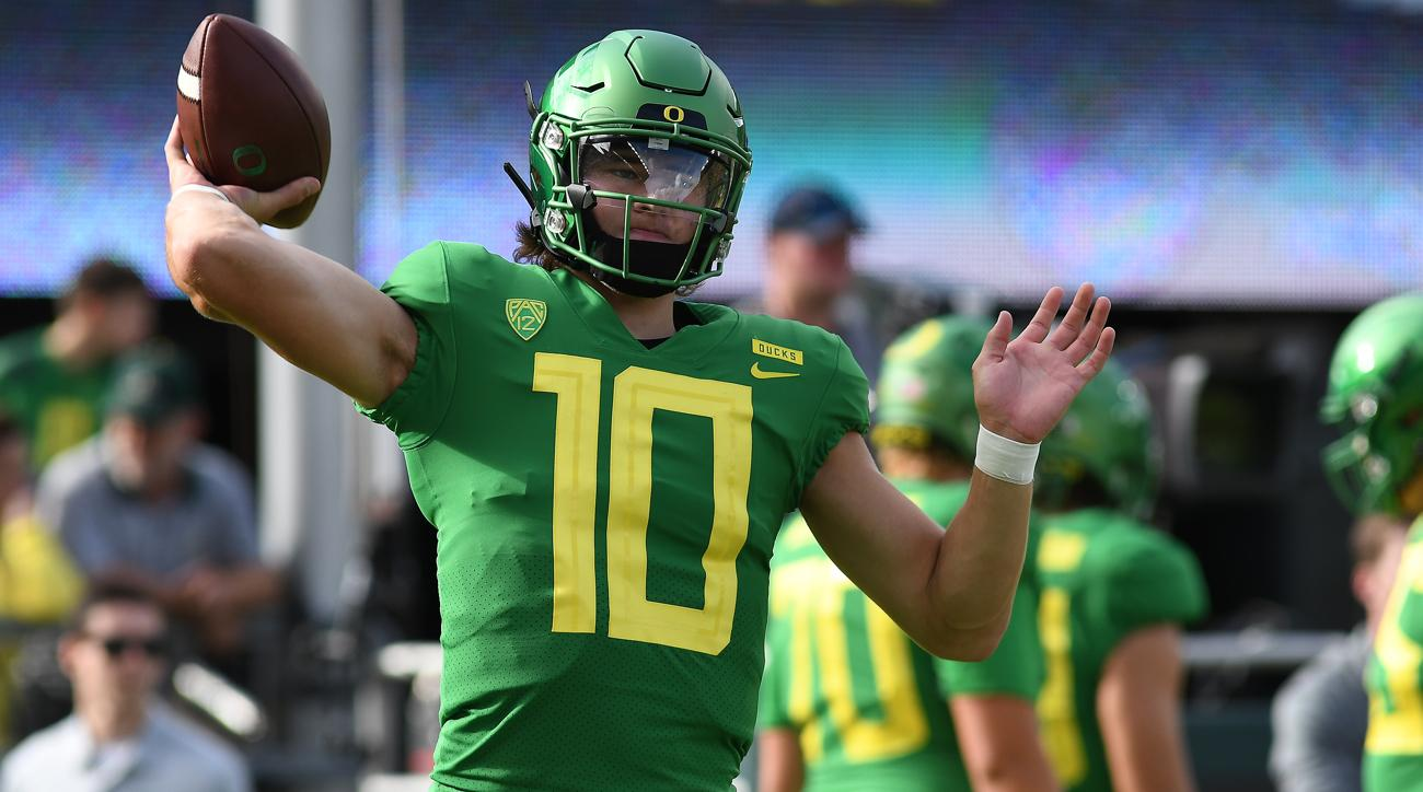 91a4b01fb Justin Herbert will return to Oregon for senior season, forgo NFL draft |  SI.com