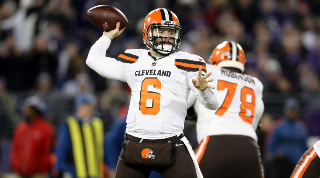 b9d2b9925cdf Browns  Baker Mayfield sets single-season rookie record for pass TDs ...