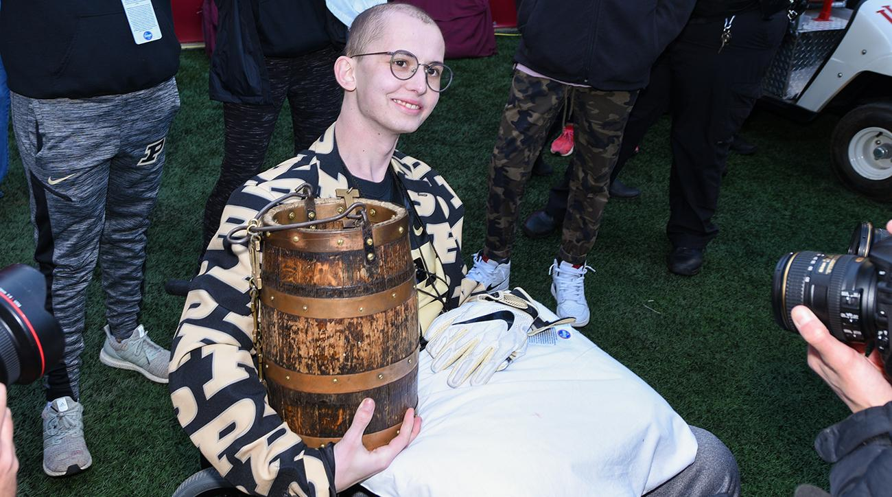 Tyler Trent Death Purdue Iowa Pay Tribute To Inspirational Fan
