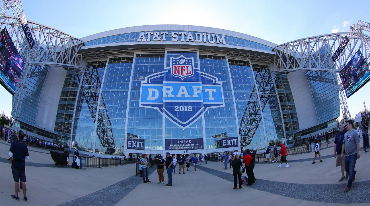 NFL Record 135 Players Declare for Draft With NCAA Eligibility Remaining