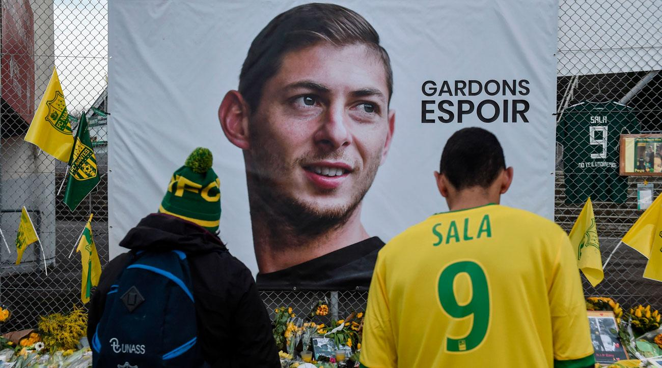 Nantes fans pay tribute to Emiliano Sala