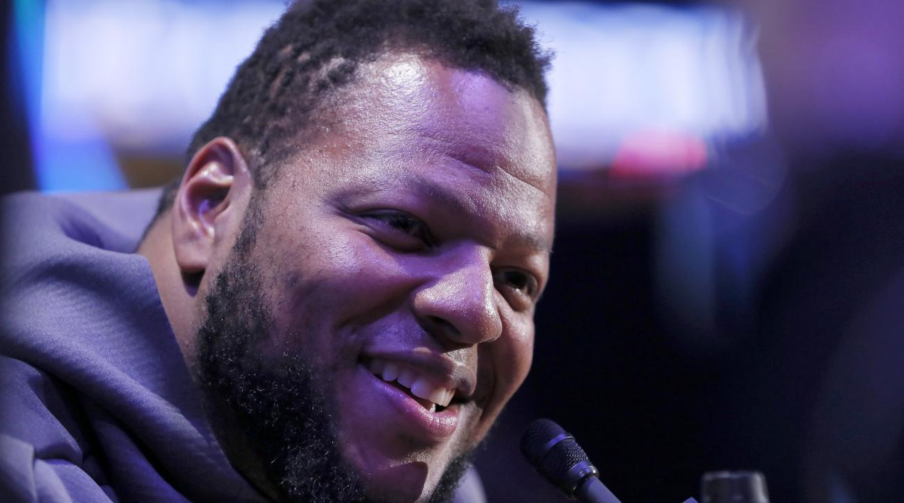 Ndamukong Suh Remains One of a Kind on Biggest Stage of His Career