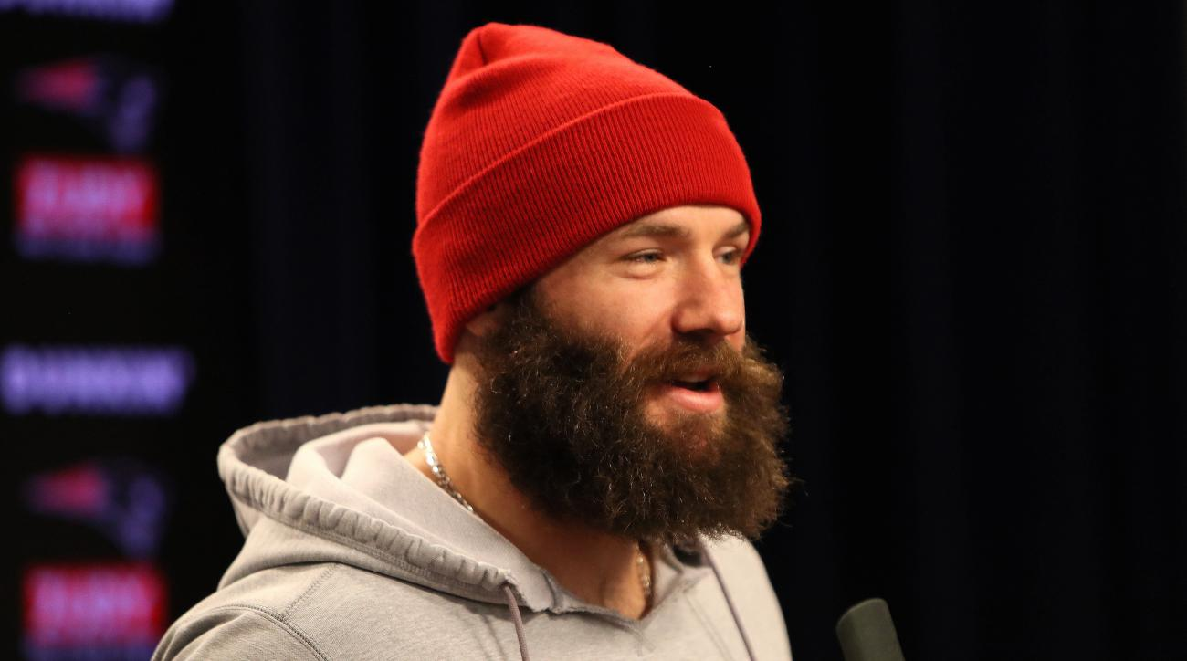 Julian Edelman: Patriots WR gets Atlanta tour from stranger