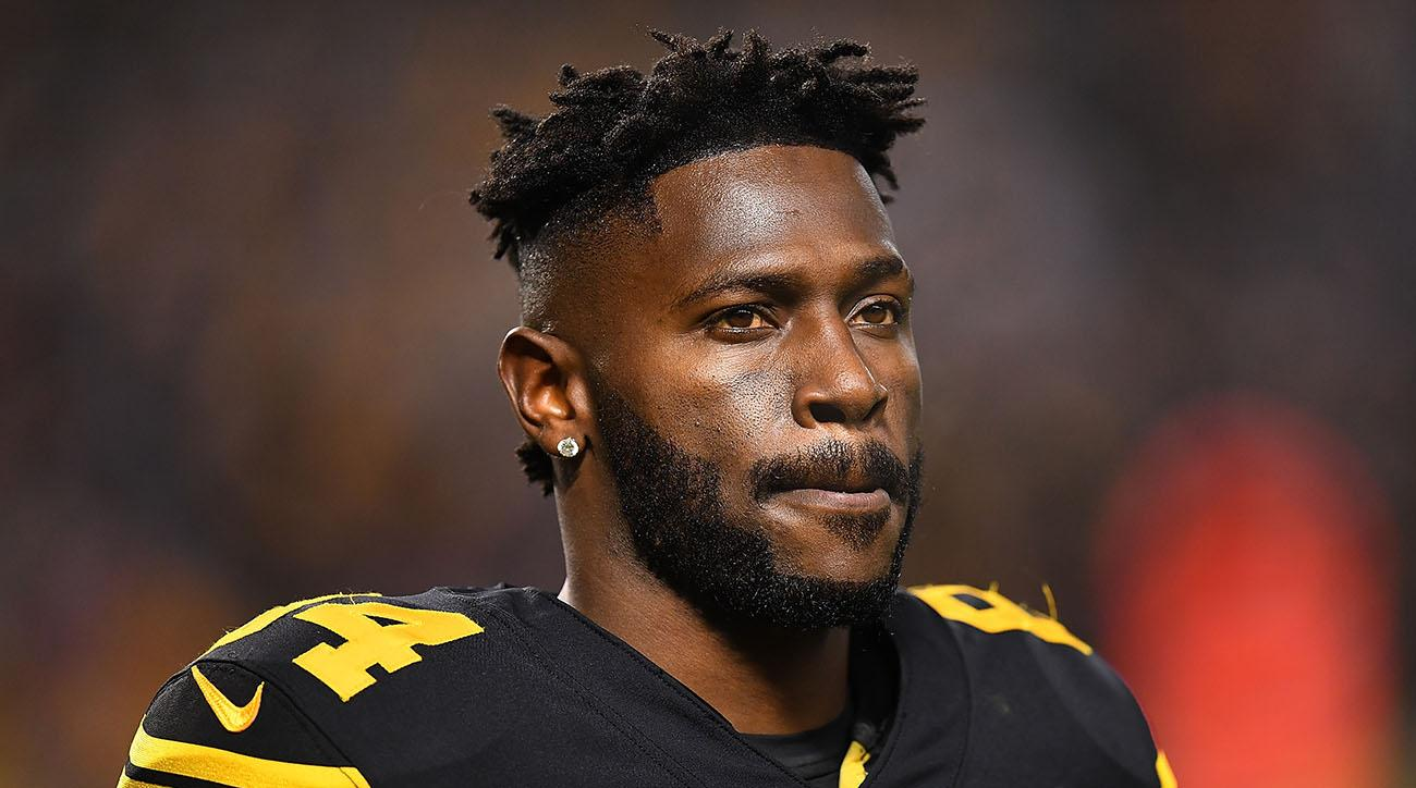 Steelers WR Brown requests trade