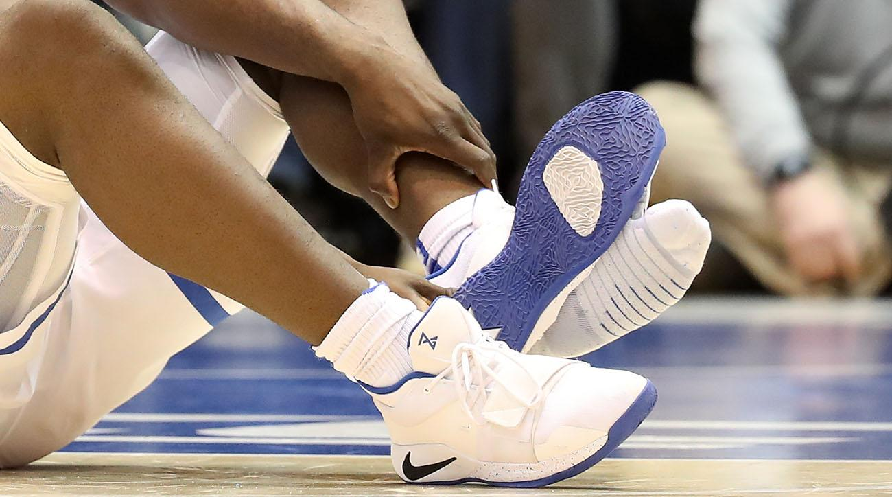 Paul George spoke with Nike about Zion Williamson s shoe malfunction ... a526935923d