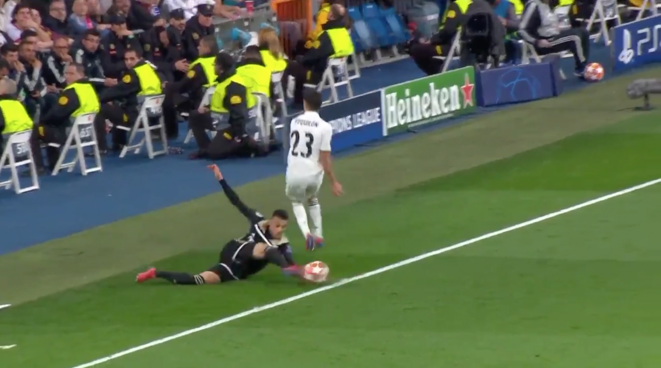 Ajax-Real Madrid: VAR review on out of bounds call swings Champions League tie