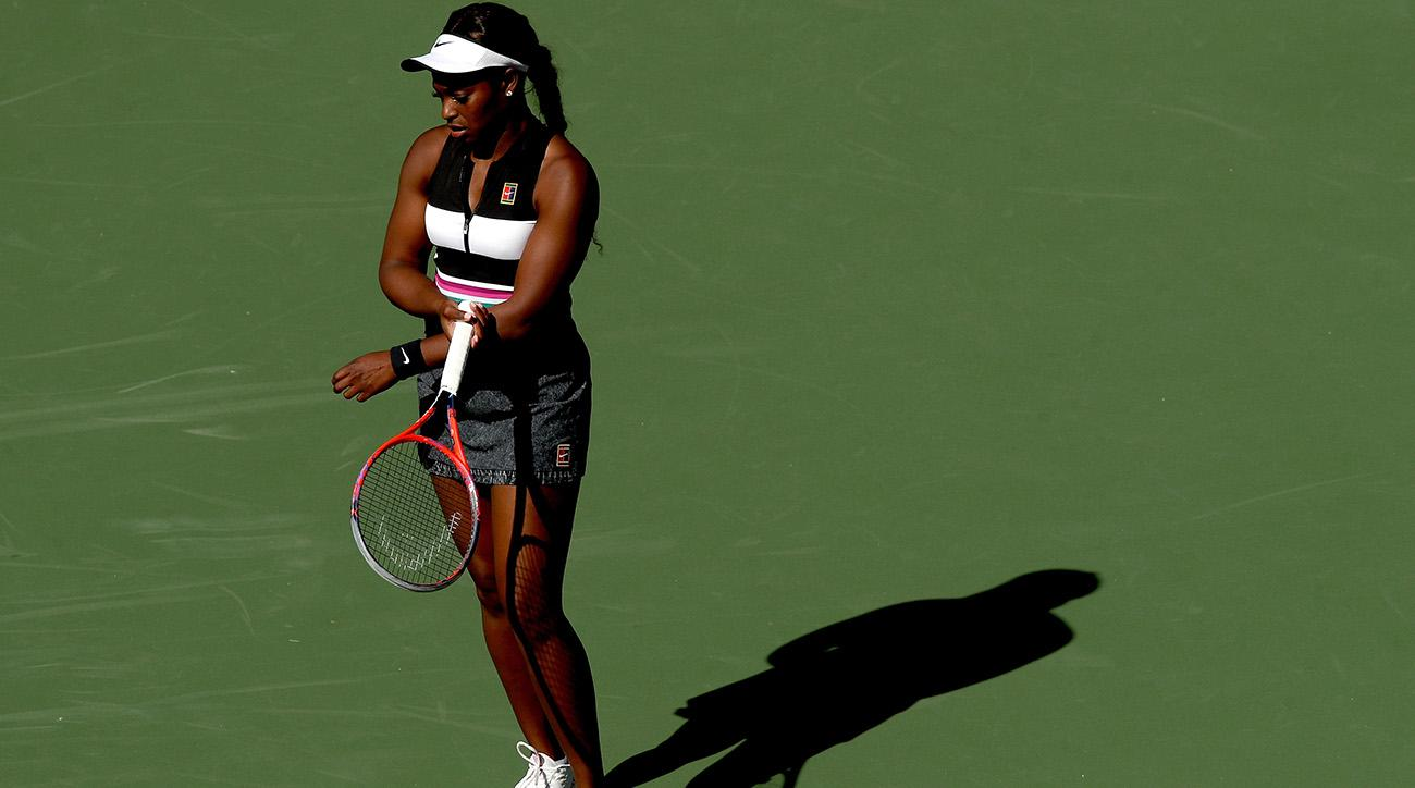 Stephens stunned, Serena cruises at Indian Wells