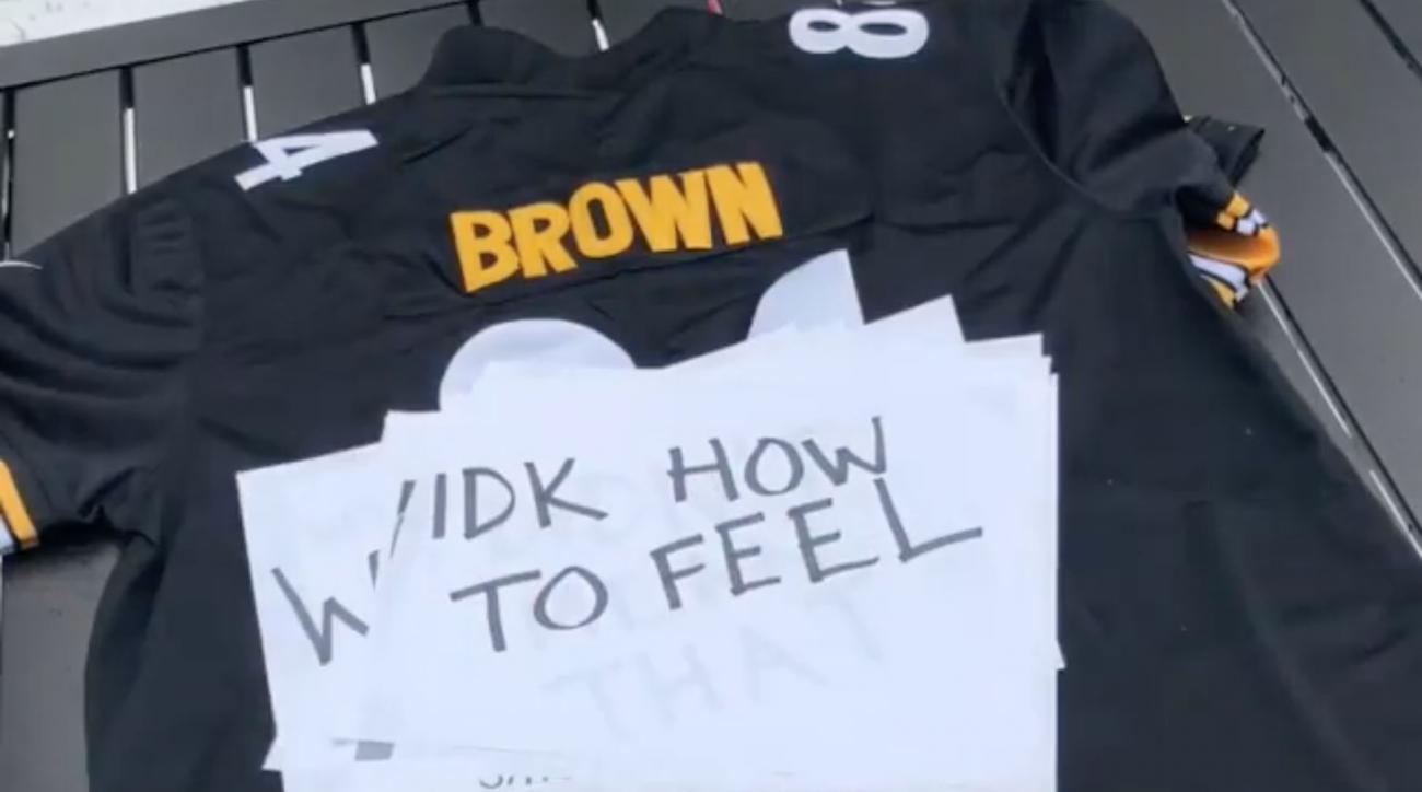 new product f61cf 10289 Antonio Brown jersey: Steelers fan video explains feelings ...