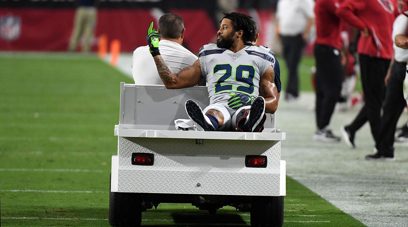 Earl Thomas explains why he flipped off Seahawks sideline  a3e43fd1a05b