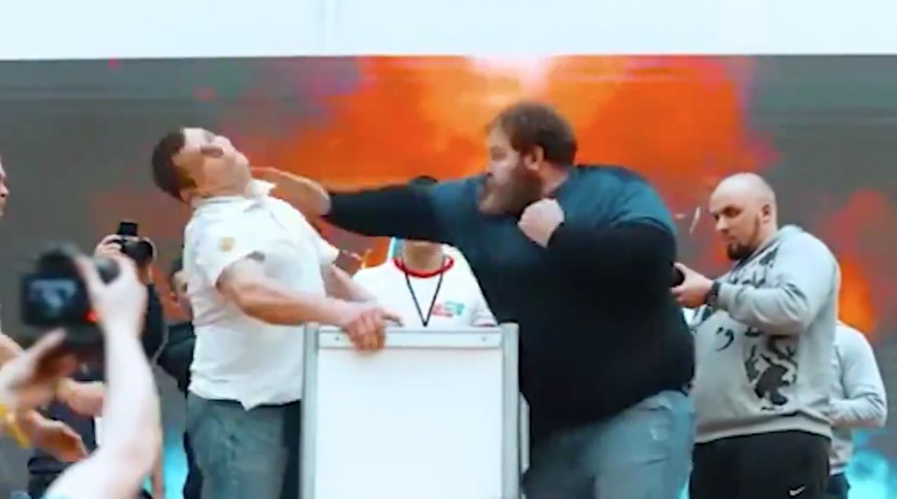 Video: Russian slapping championship contest in Siberia
