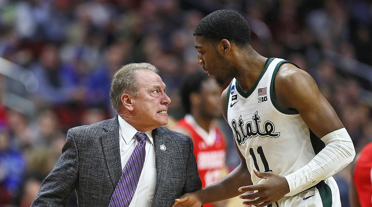 March Madness 2019 Aaron Henry Tom Izzo yells Michigan State NCAA tournament