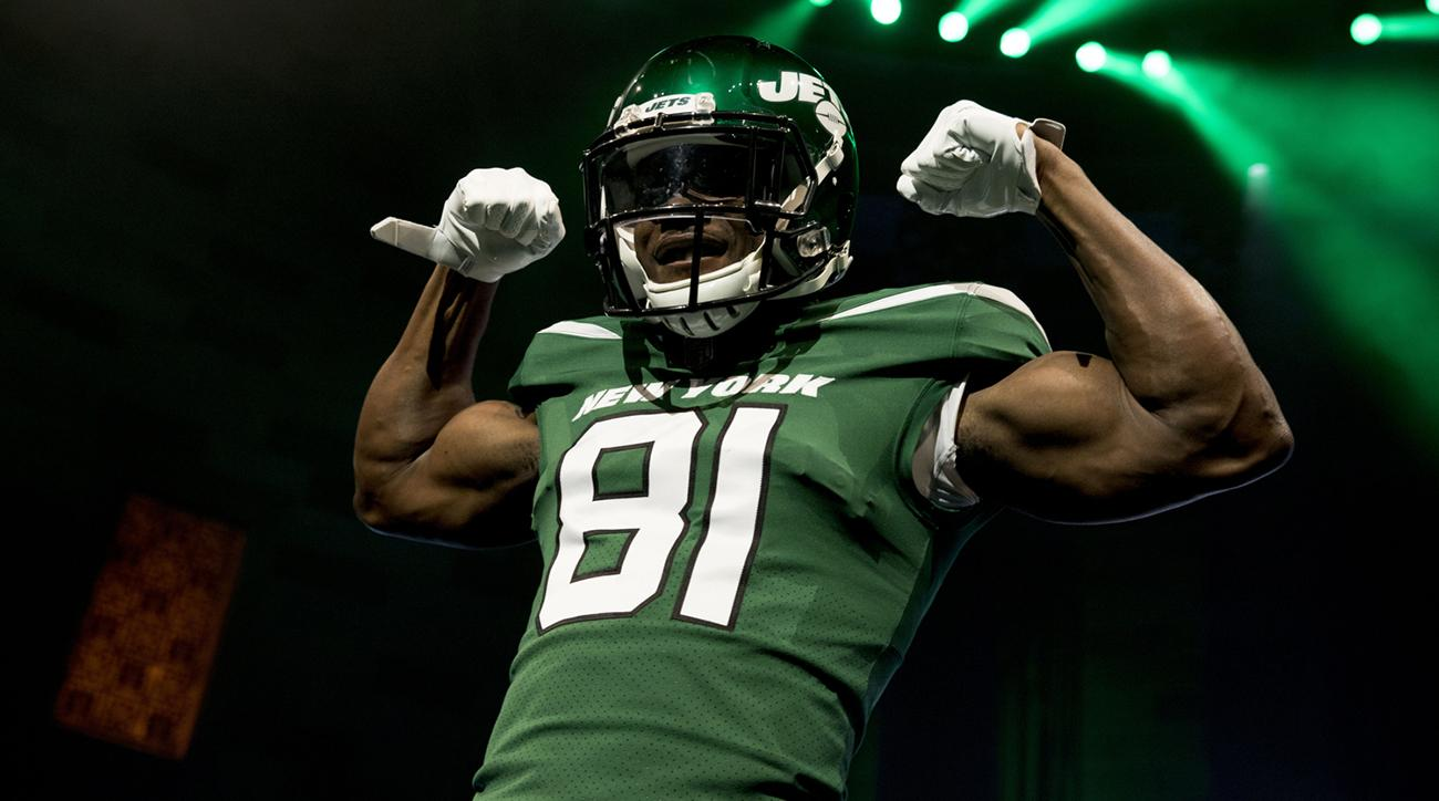 814bcc5b84ae Uni Watch  Grading Every Aspect of the Jets  Brand-New Uniforms