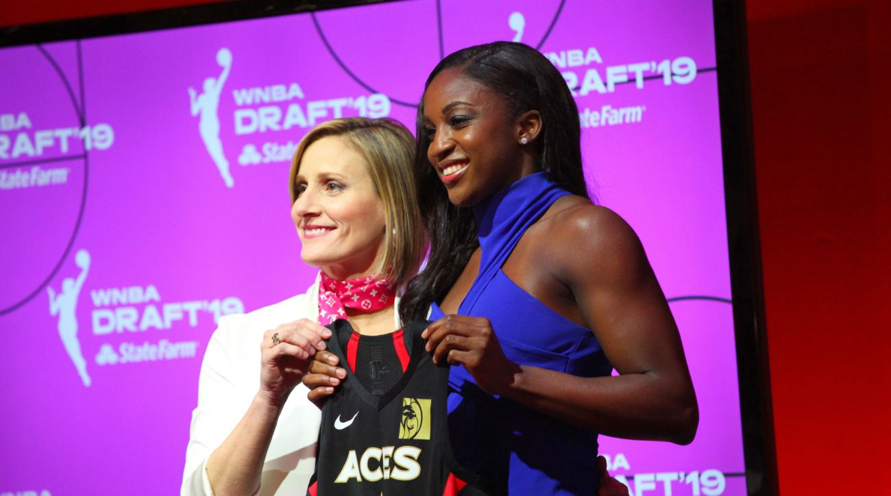 UConn duo selected quickly in WNBA draft