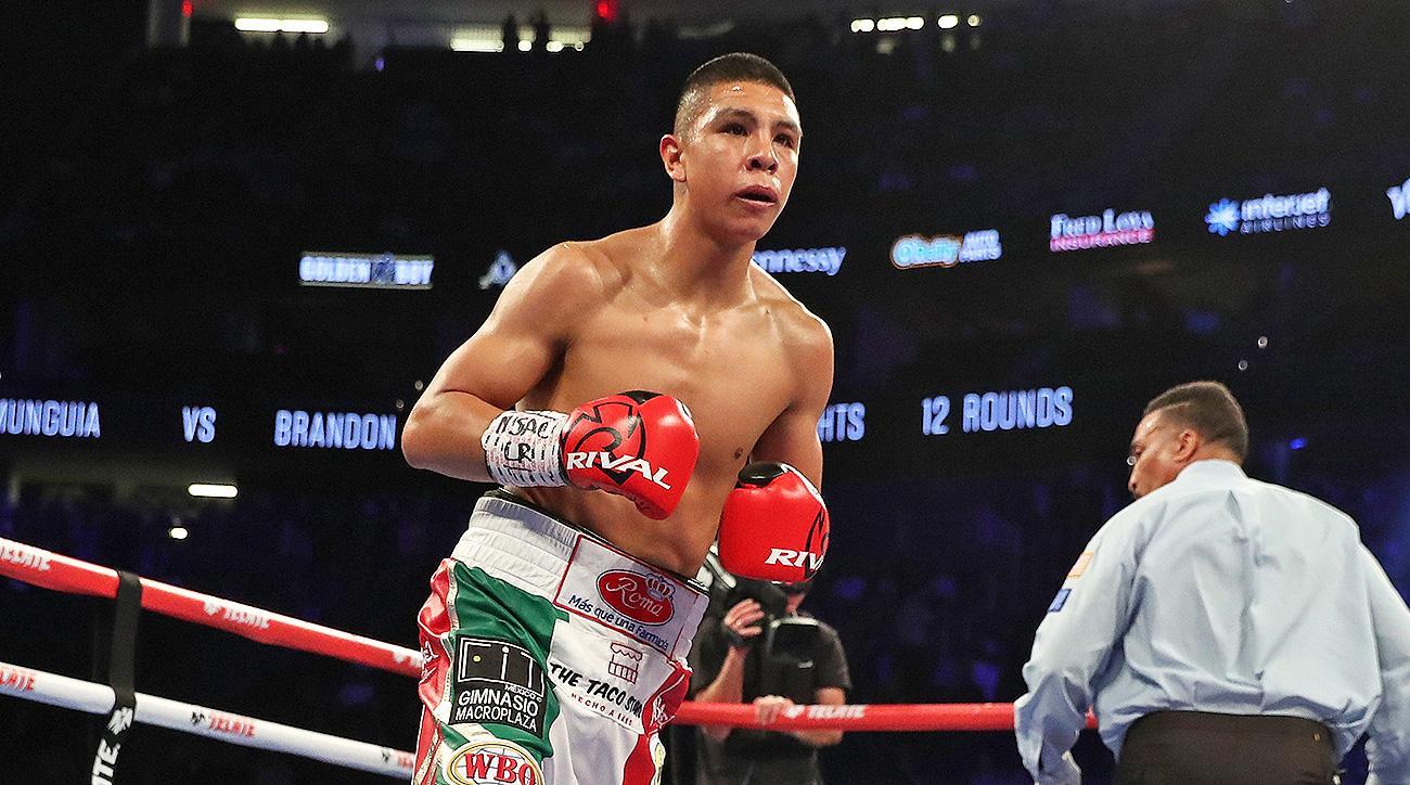 Boxing Jaime Munguia fight Dennis Hogan future star