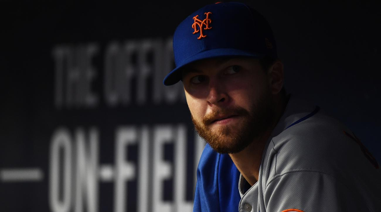 Mets Ace Jacob deGrom Placed on IL, Will Undergo MRI on Elbow