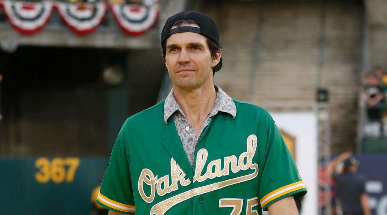 Barry Zito sings national anthem at A's game for Earth Day
