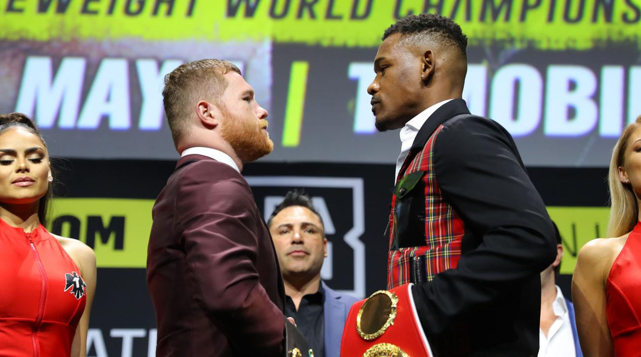 Canelo Alvarez outlasts Danny Jacobs in middleweight title fight