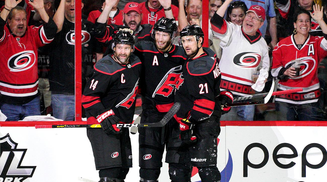NHL: MAY 03 Stanley Cup Playoffs Second Round - Islanders at Hurricanes