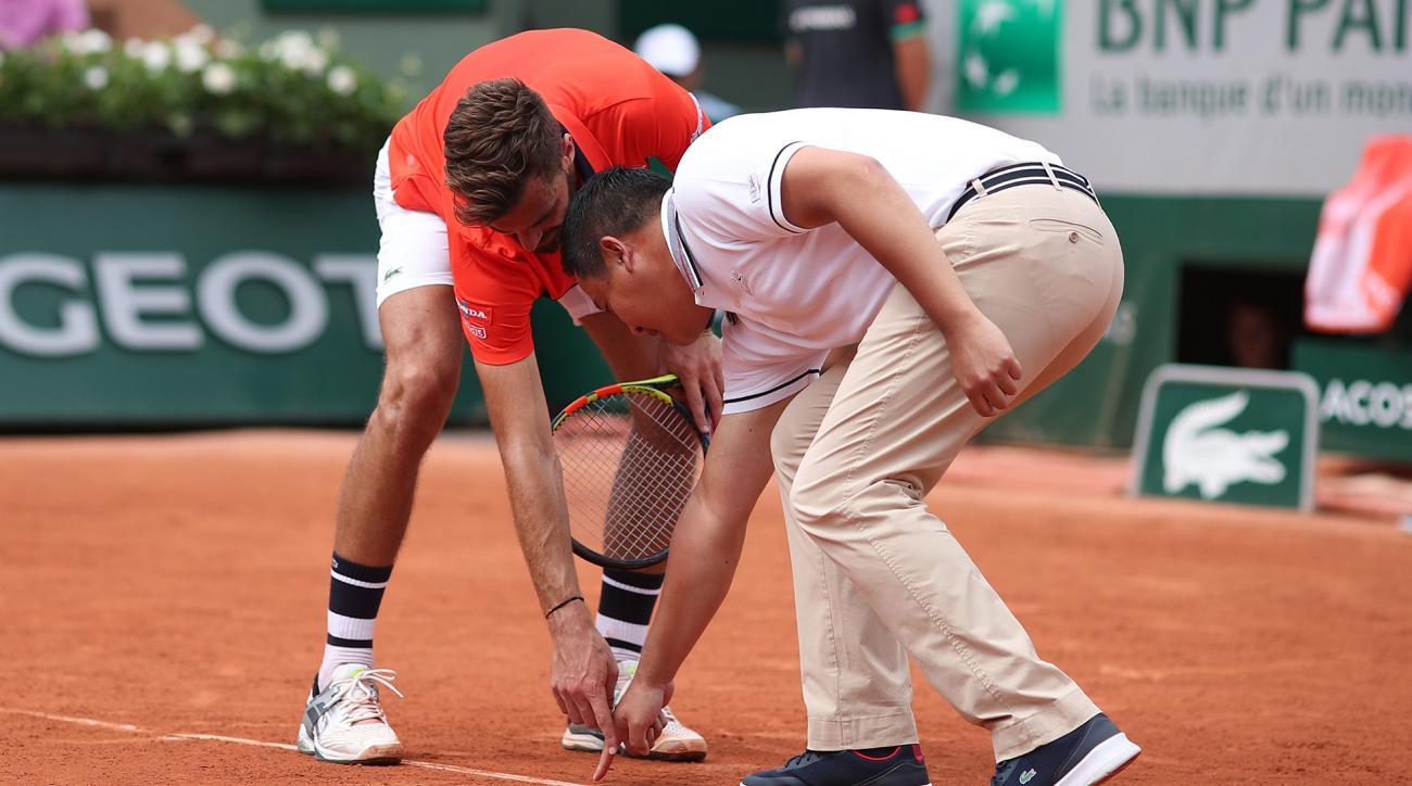 hawkeye clay court mark tennis