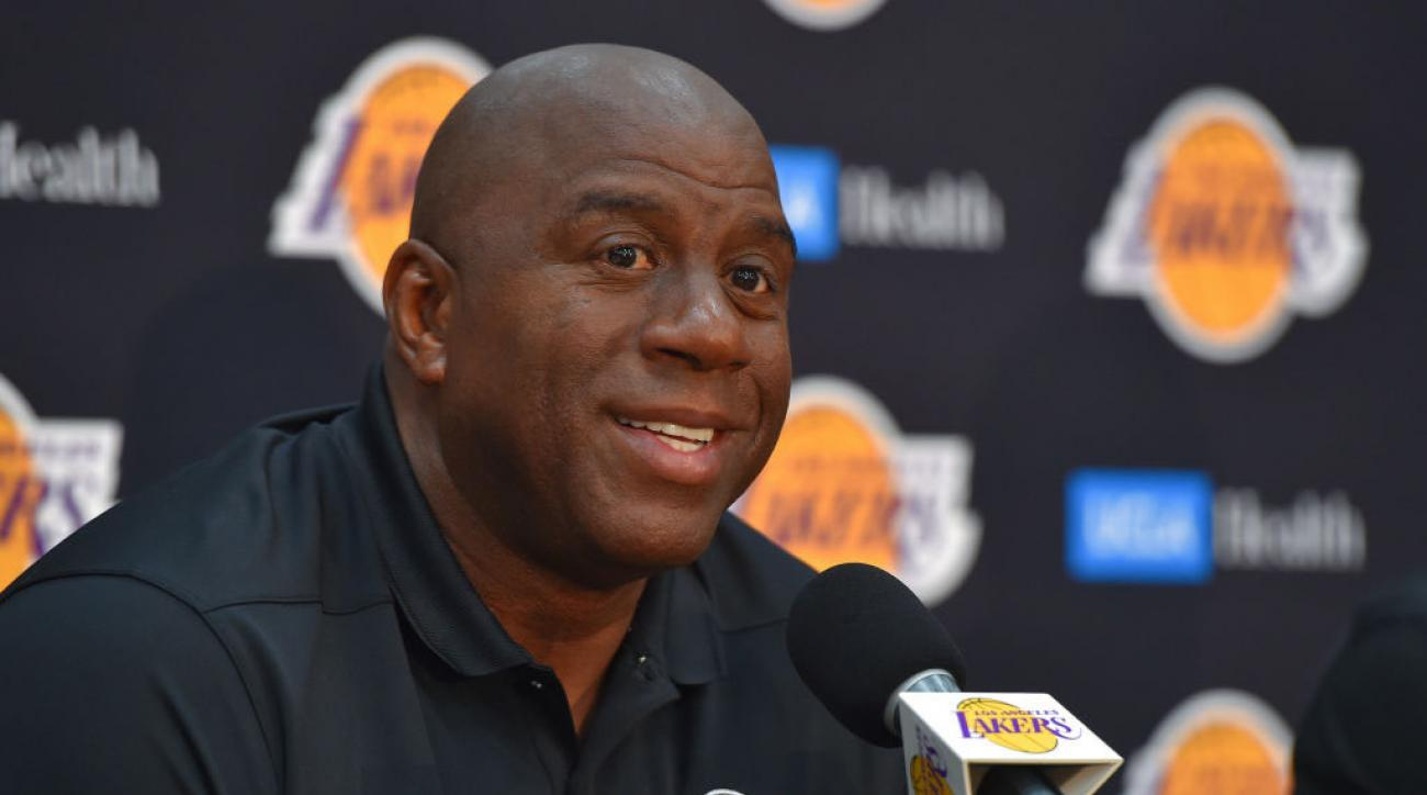 magic johnson quit the lakers after he was copied into - 1300×724