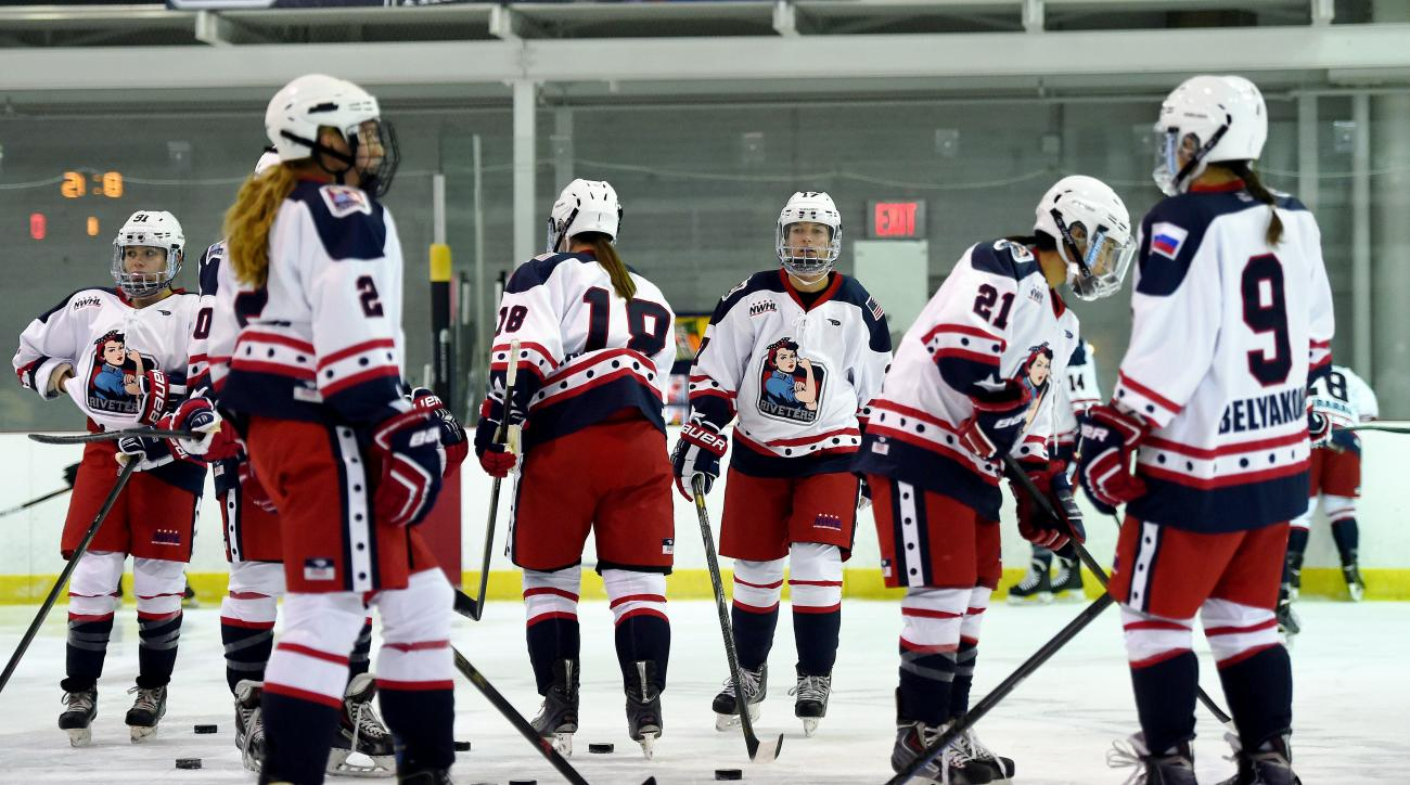 IHOCKEY-US-WOMEN