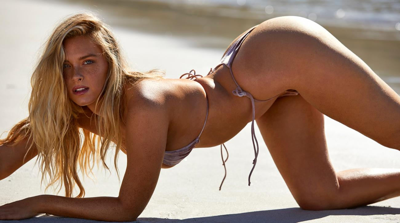 Camille Kostek on Her SI Swimsuit 2019 Cover: 'This Is For the Dreamers'